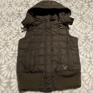 American Eagle Brown Quilted Vest Jacket Full Zip
